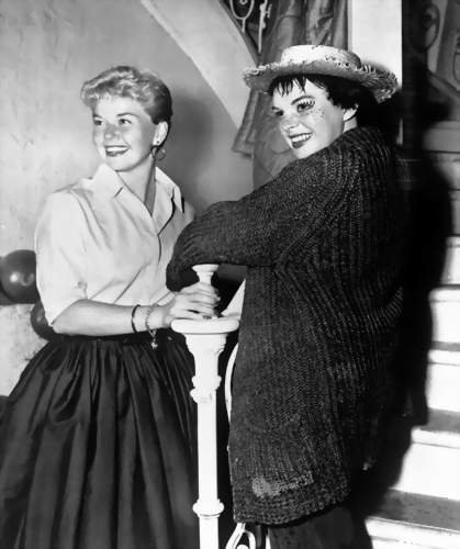 1954 Judy & Doris Day, Star Is Born photo@Warner Brothers